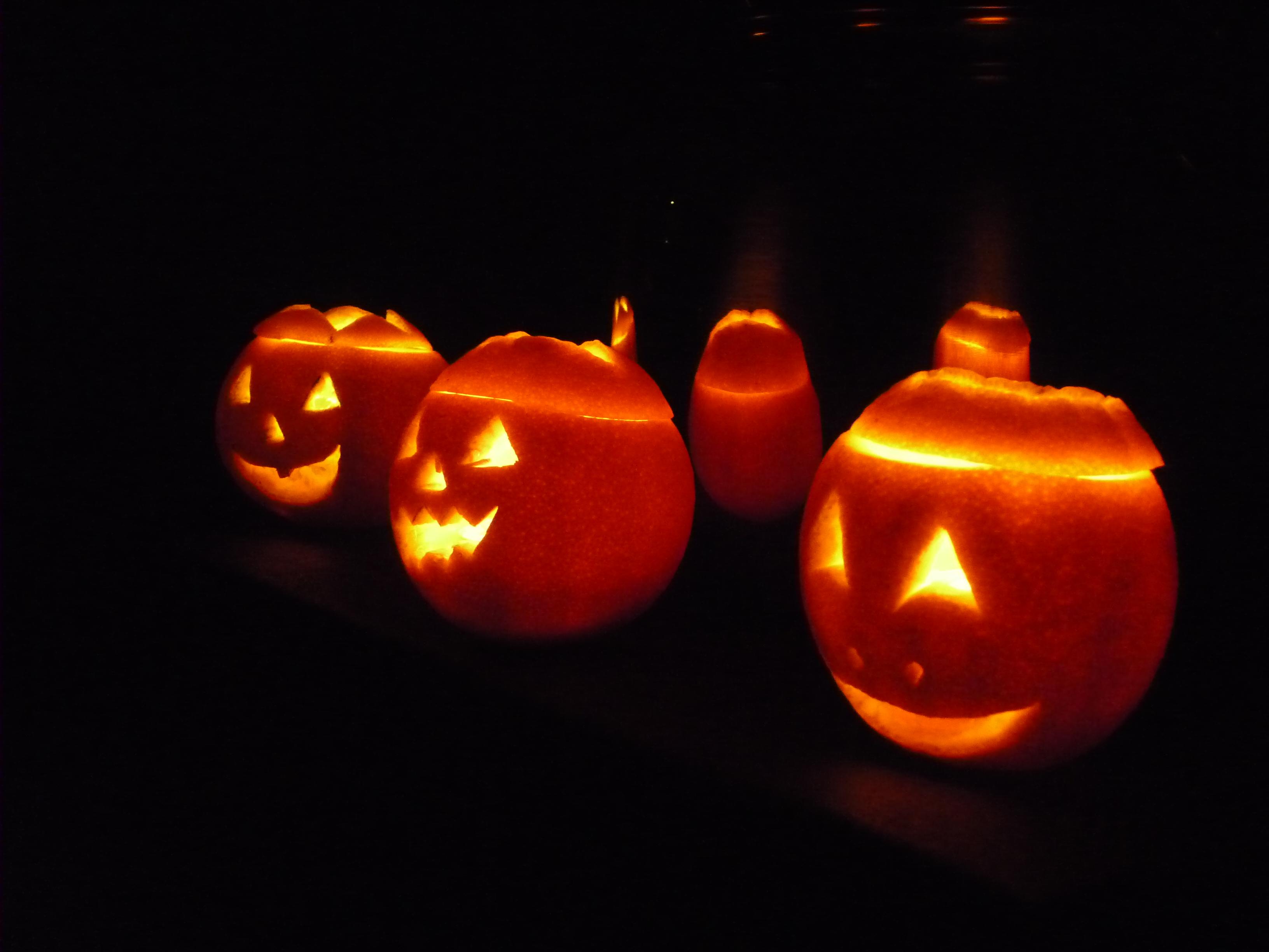 Zucche Di Halloween Terrificanti.Zucche Di Halloween Le Faccio Con Le Arance Alimentarmente