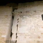 L'unica colonna in Siracusa colpita dal terremoto del 1964